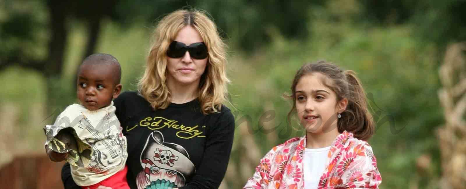 Madonna una madre feliz