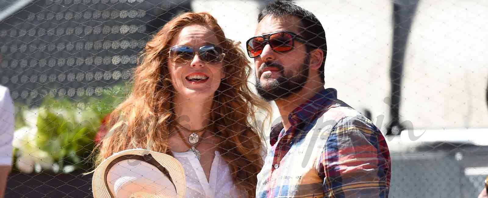 María Castro se emociona al pedirle su novio que se case con ella en «El Hormiguero»