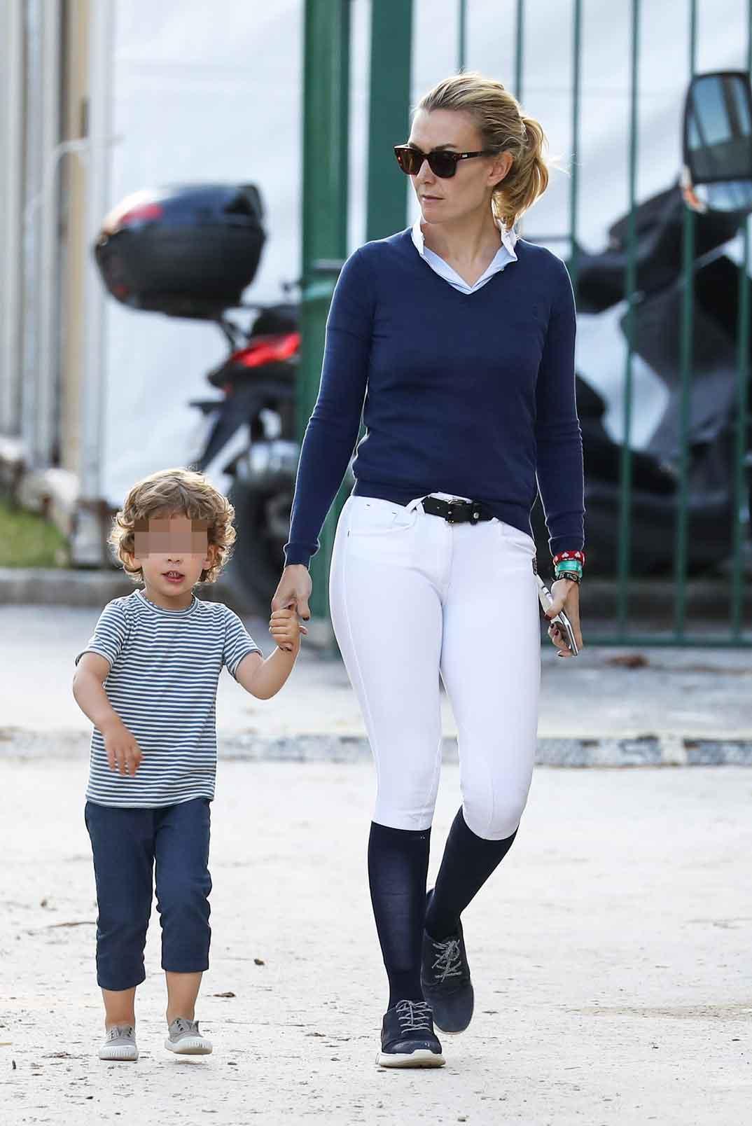 marta ortega con su hijo