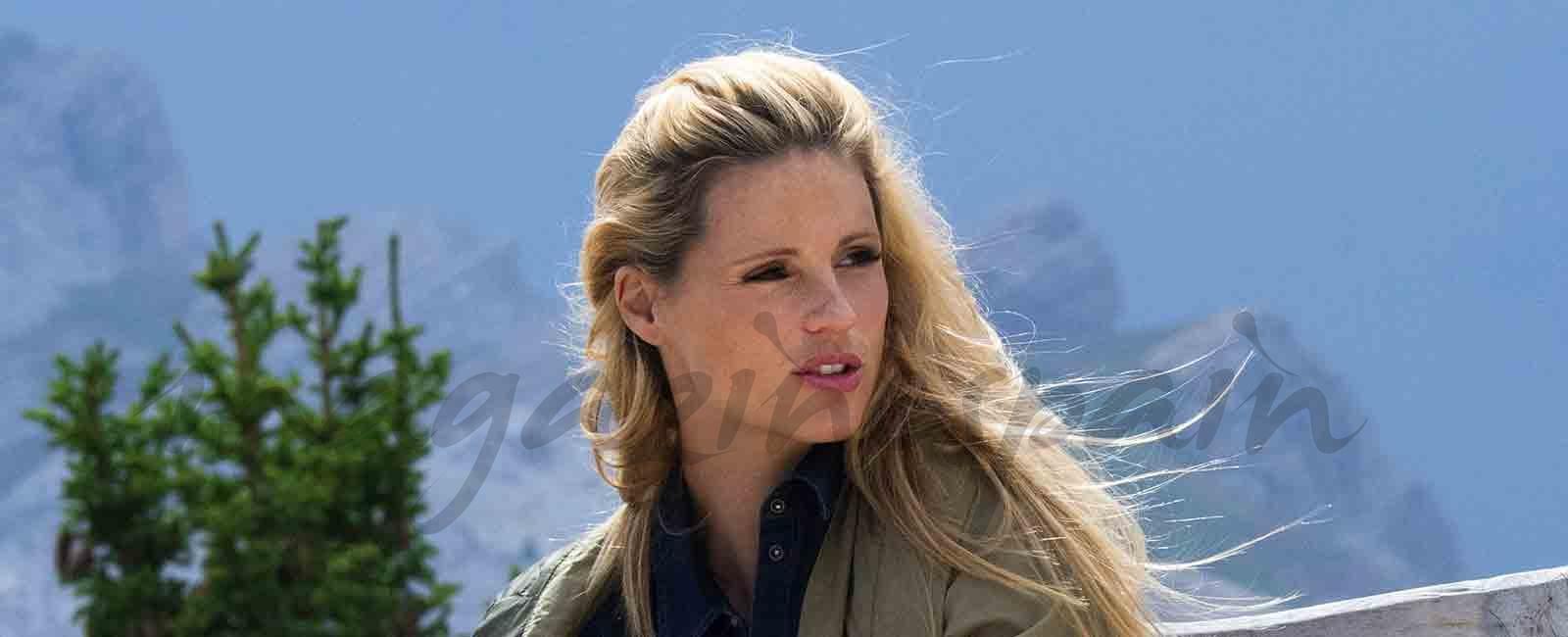 Michelle Hunziker elige la montaña para pasar sus vacaciones con su familia