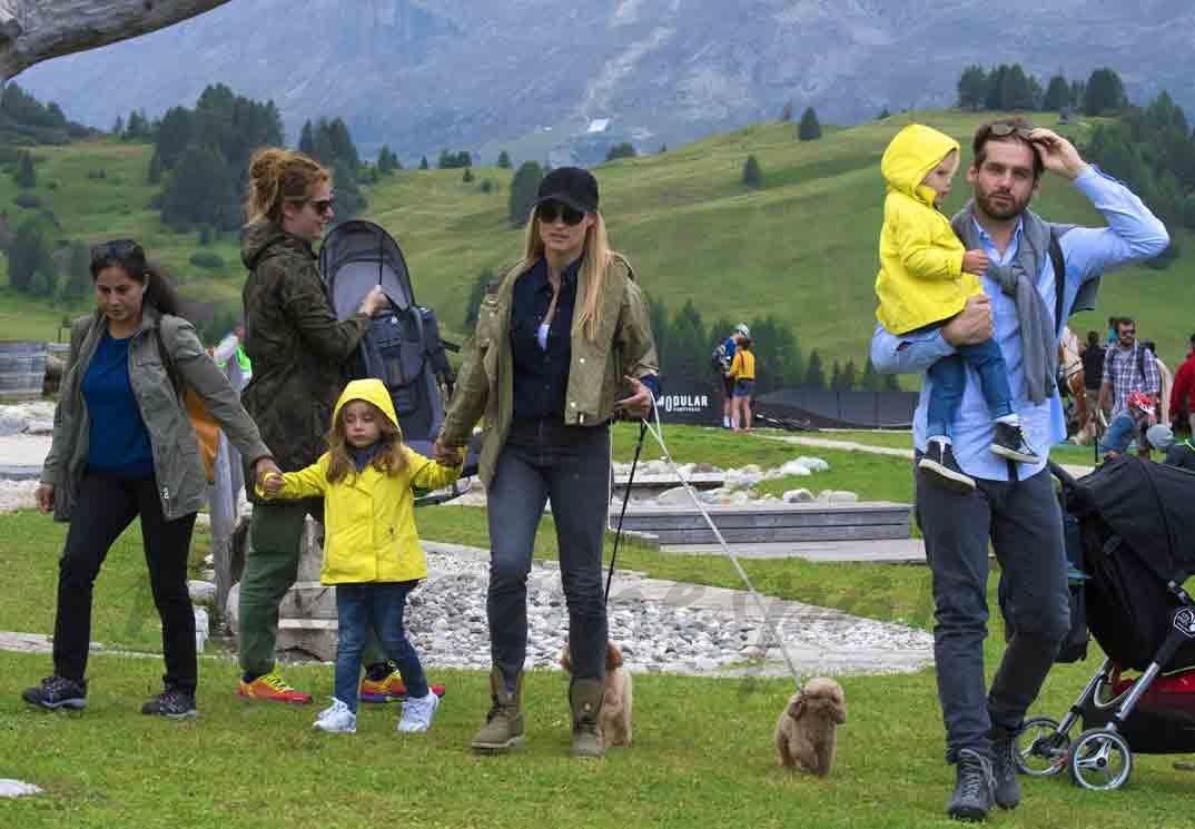 michelle hunziker y tomaso trussardi vacaciones con sus hijos