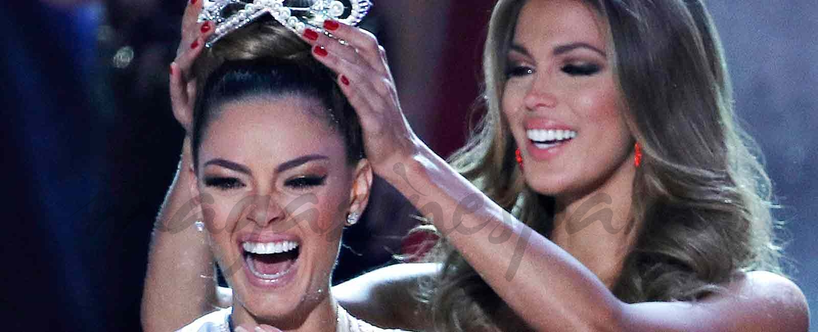 La sudafricana Demi-Leigh Nel-Peters coronada como nueva Miss Universo