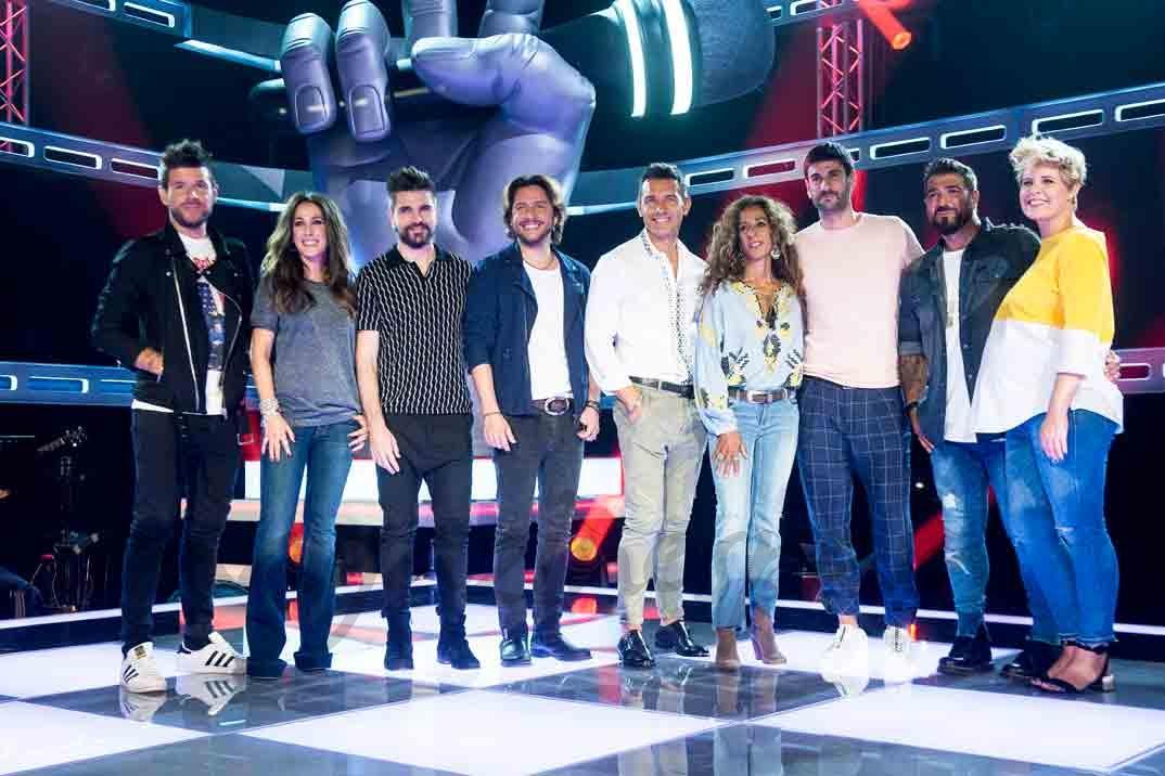 la voz pablo lopez, malu, Juanes, manu carrasco, jesus vazquez, Rosario, melendi, antonio orozco y tania llasera.jpg
