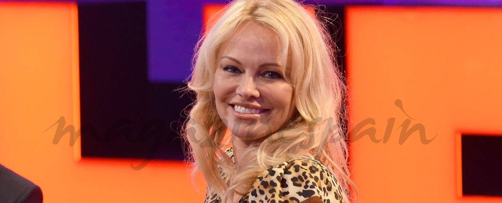 Pamela Anderson habla del acoso sexual en Hollywood en «Chester»