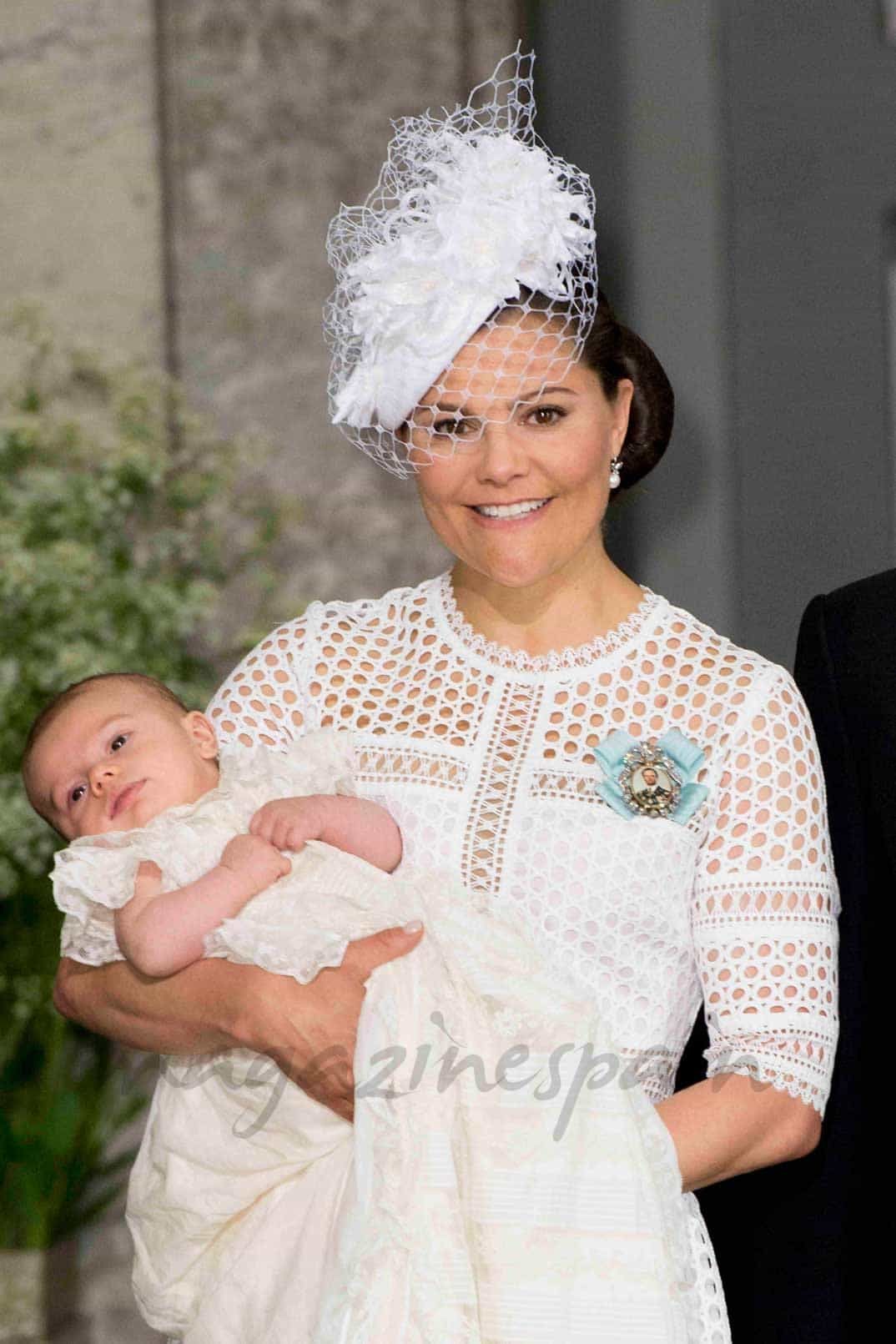Princesa Victoria de Suecia con el príncipe Óscar