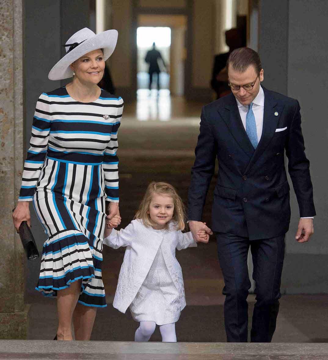 principe-daniel-y-princesa-estelle-de-suecia cumpleaños rey gustavo