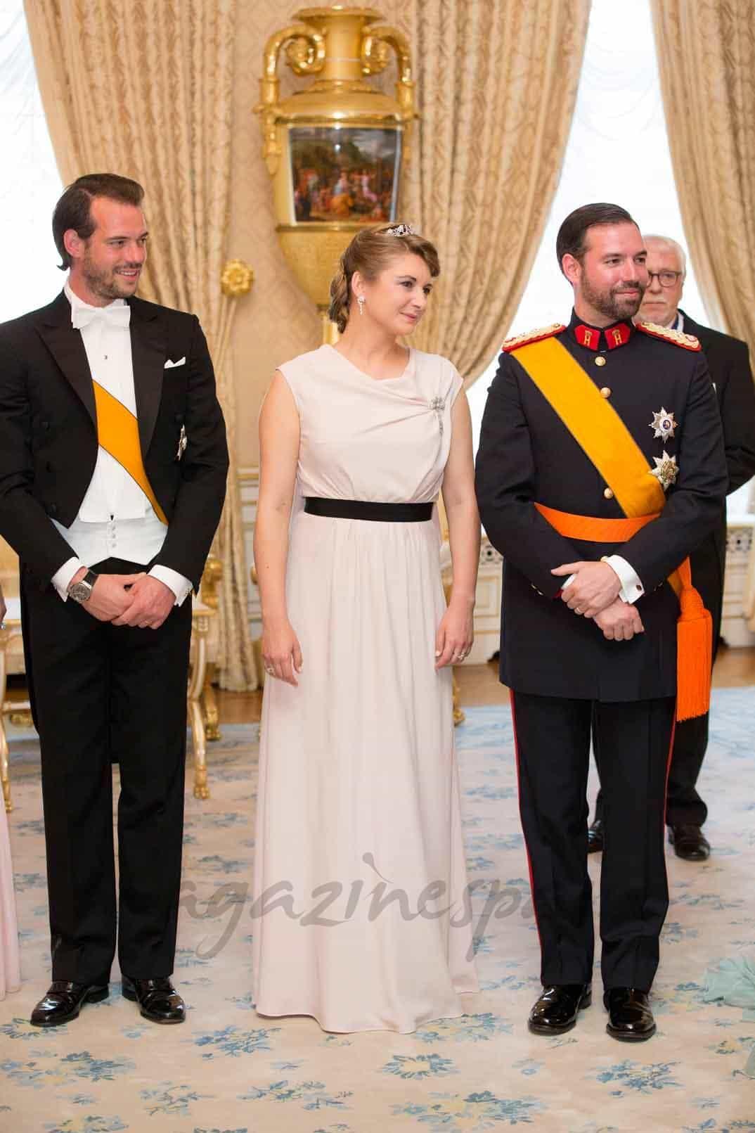 principe-felix-gran-duque-guillermo-duquesa-stephania en el dia de luxemburgo