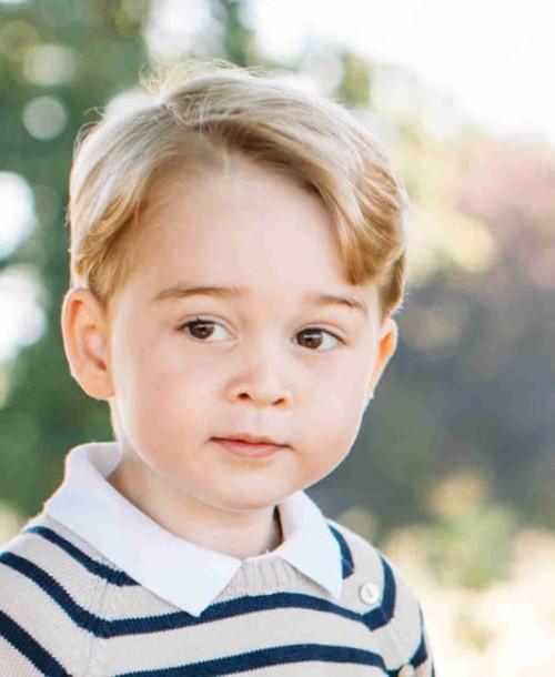 El príncipe George de Inglaterra, de catálogo de publicidad