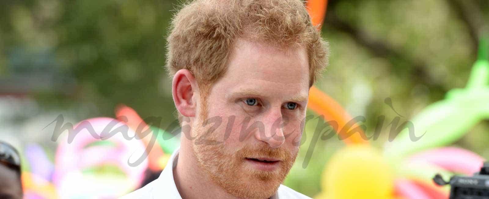El príncipe Harry en el Caribe, mientras Meghan Markle está libre…
