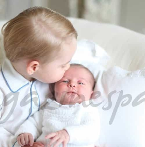 Primeras fotos de los príncipes George y Charlotte juntos