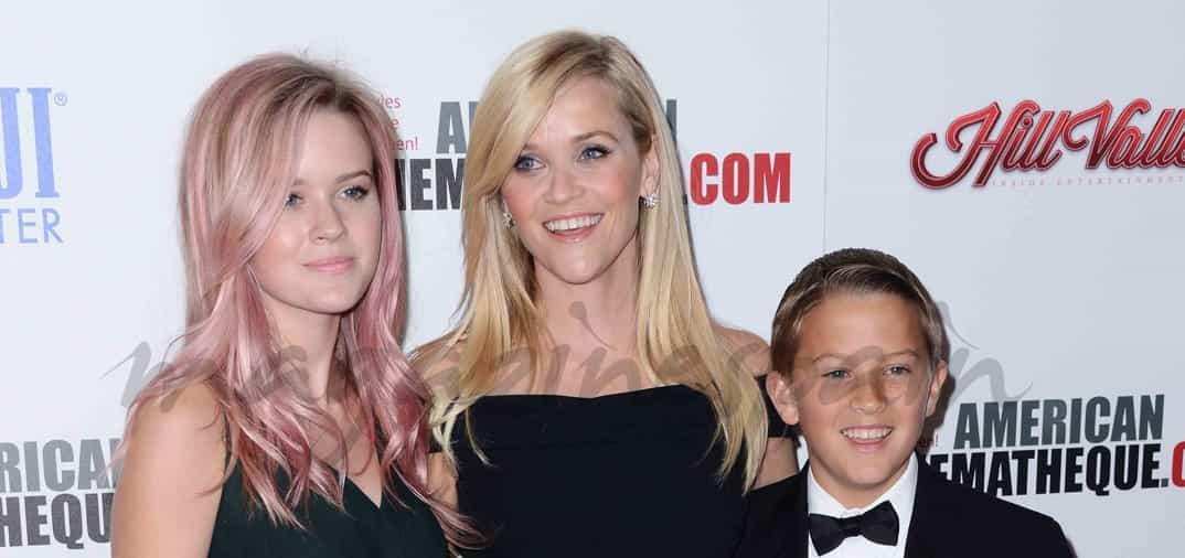 Reese Witherspoon presume de familia y amigos