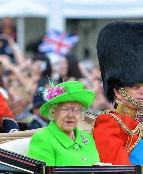 """Las simpáticas imágenes de la princesa Charlotte, en su primer Trooping the Colour"""""""
