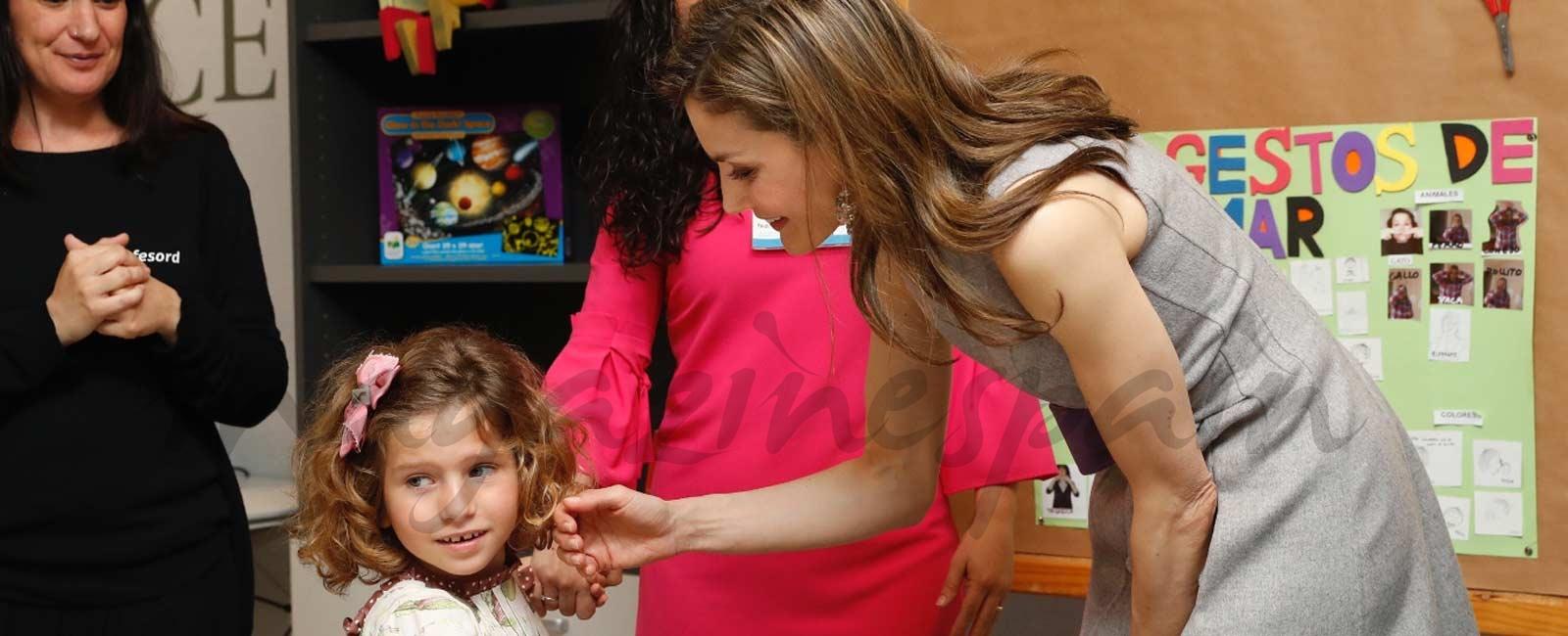 La reina Letizia elige de nuevo a Carolina Herrera