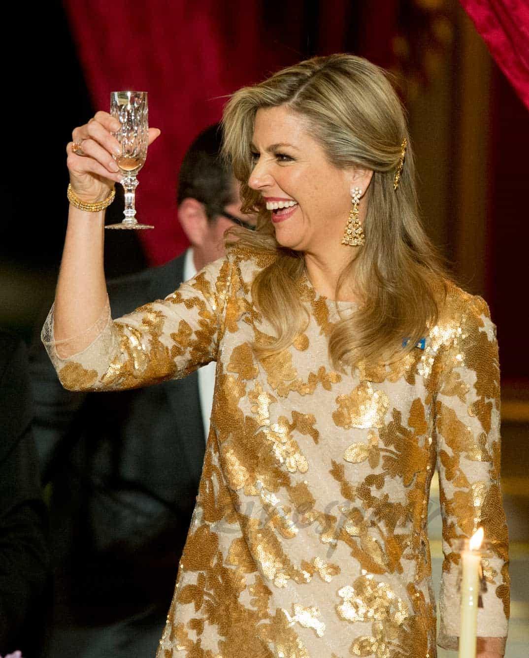 Máxima de Holanda irradia simpatía en el Palacio del Elíseo