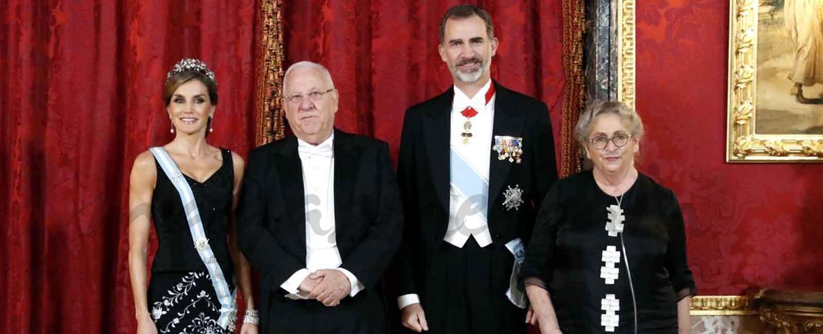 Cena de gala en el Palacio Real en honor al Presidente de Israel y a su esposa