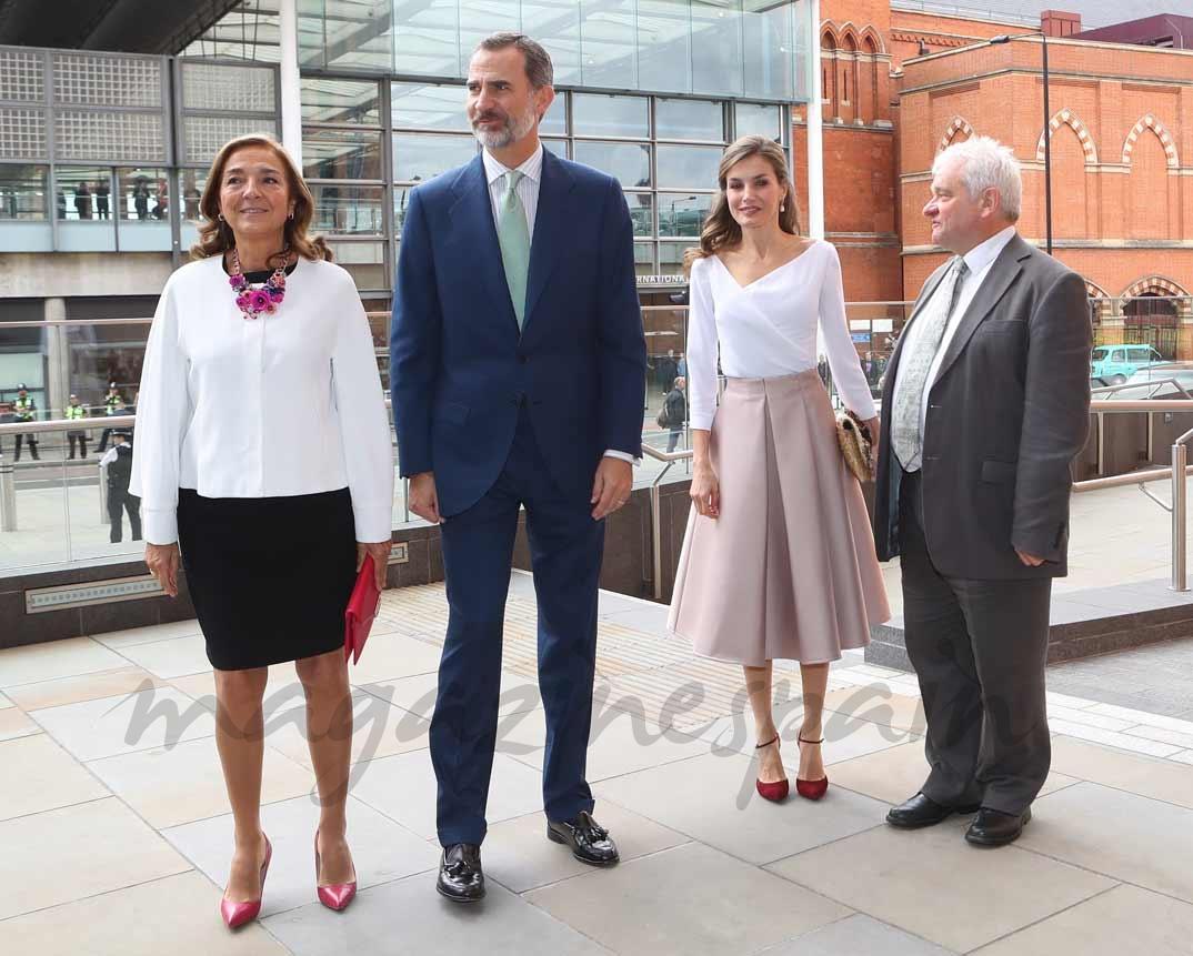 Los Reyes visitan el Instituto Francis Crick