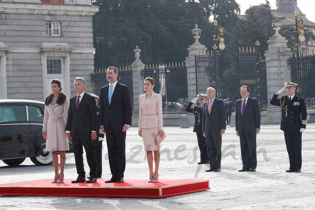 Reyes de España y el presidente Mauricio Macri con su esposa Juliana Awada © Casa S.M. El Rey