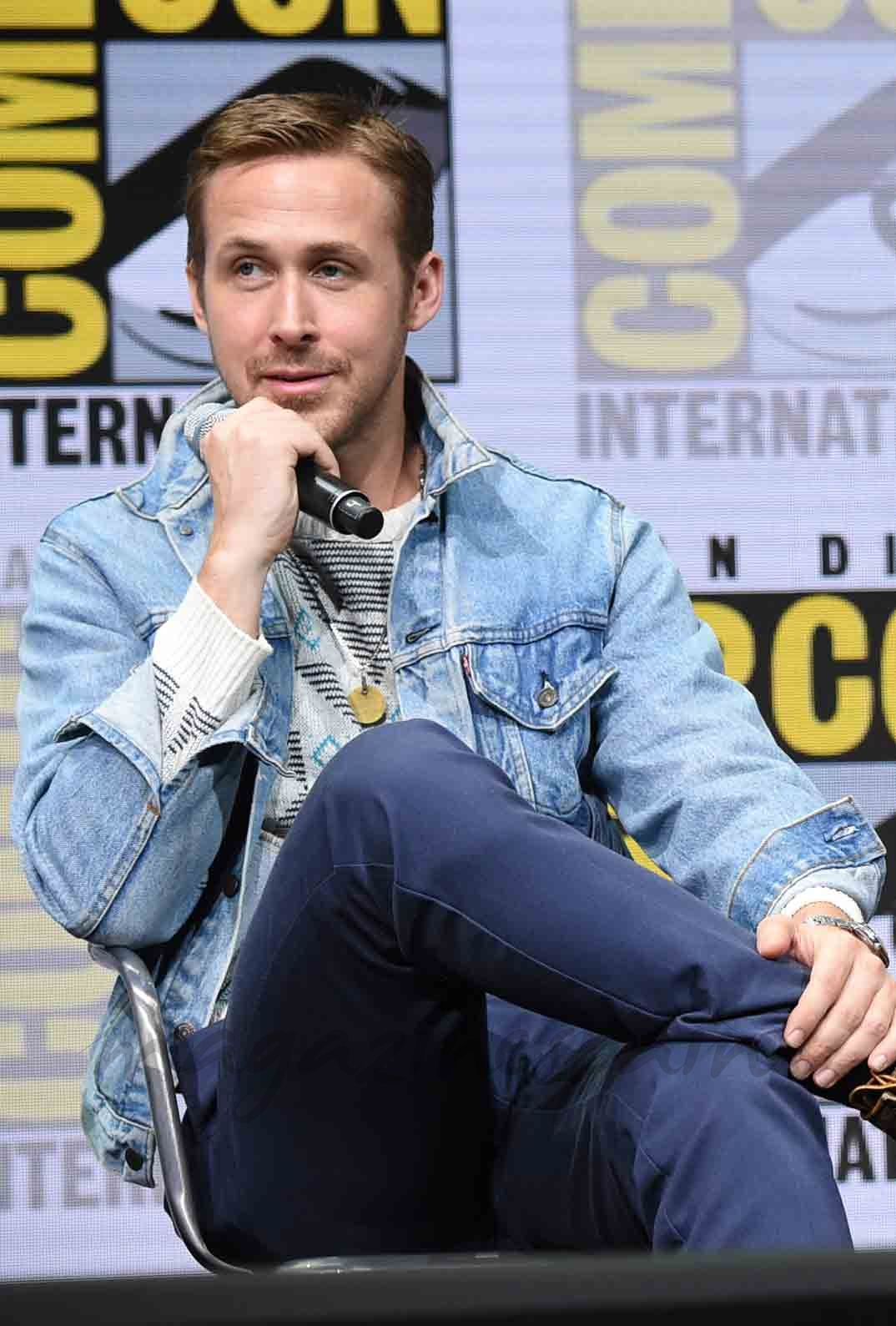 ryan gosling promociona blade runner 2049
