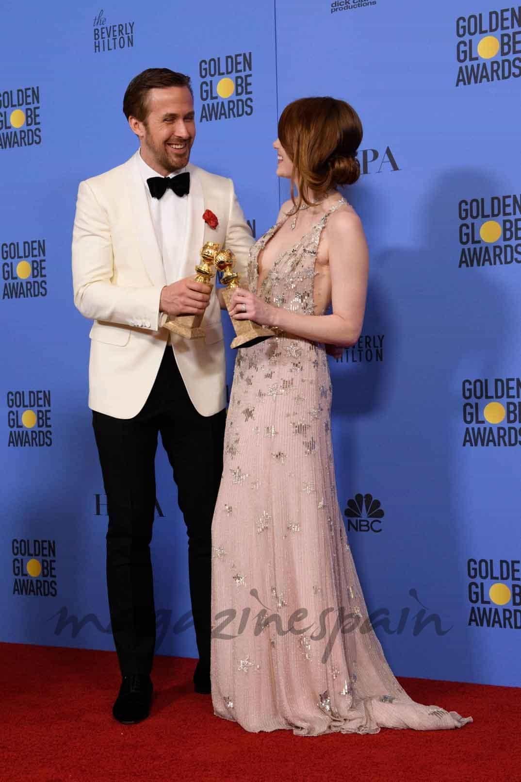 ryan gosling y emma stone globos de oro