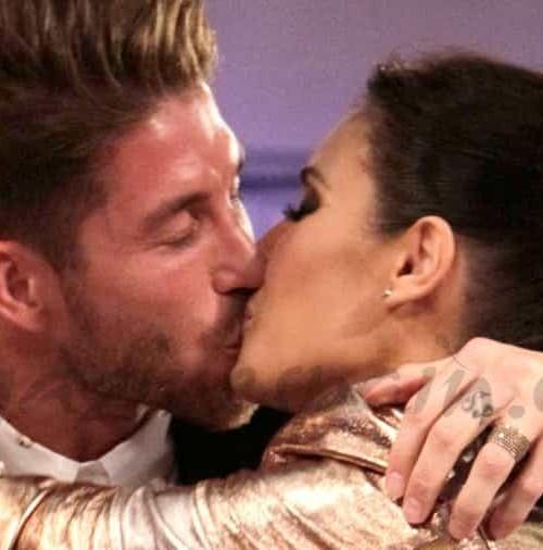El beso de Sergio Ramos a Pilar Rubio