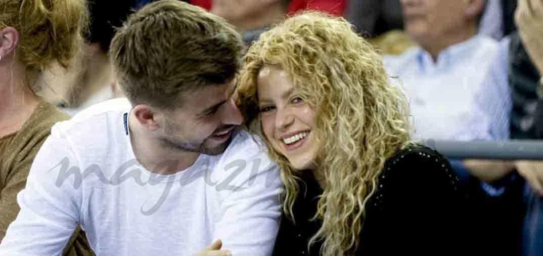 La cantante Shakira y Gerard Piqué, enamorados en el baloncesto