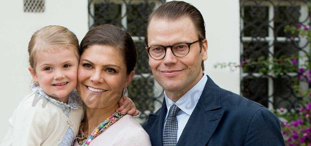 Fiesta Nacional en Suecia, por el 38 cumpleaños de la príncesa Victoria