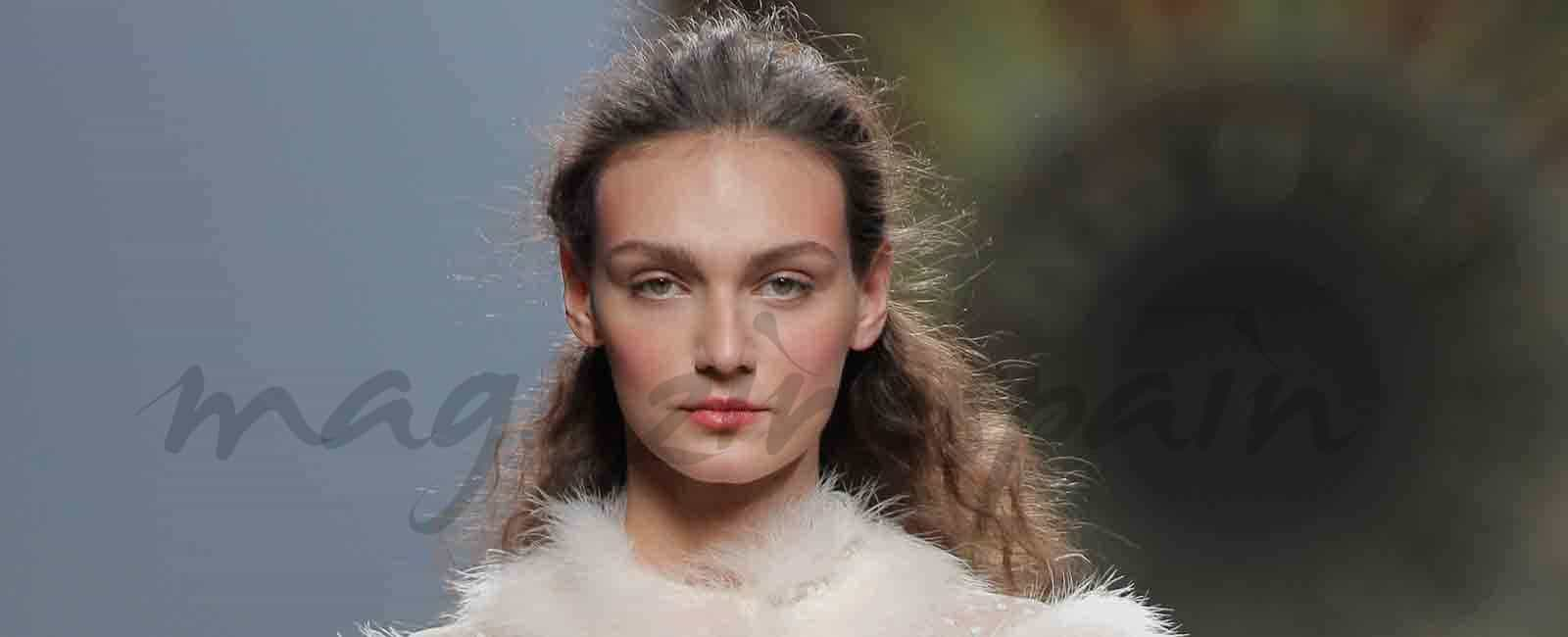 Mercedes Benz Fashion Week: Teresa Helbig Otoño-Invierno 2017/18
