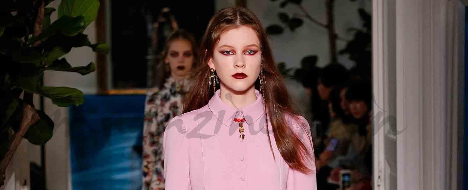París Fashion Week: Valentino Otoño-Invierno 2017/18