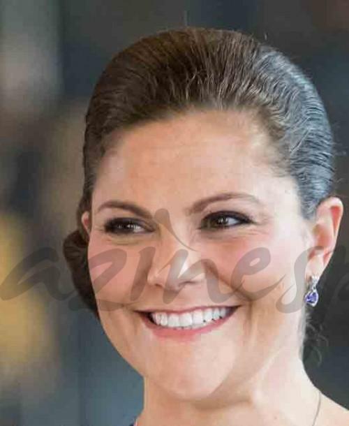 La elegancia de la princesa Victoria de Suecia