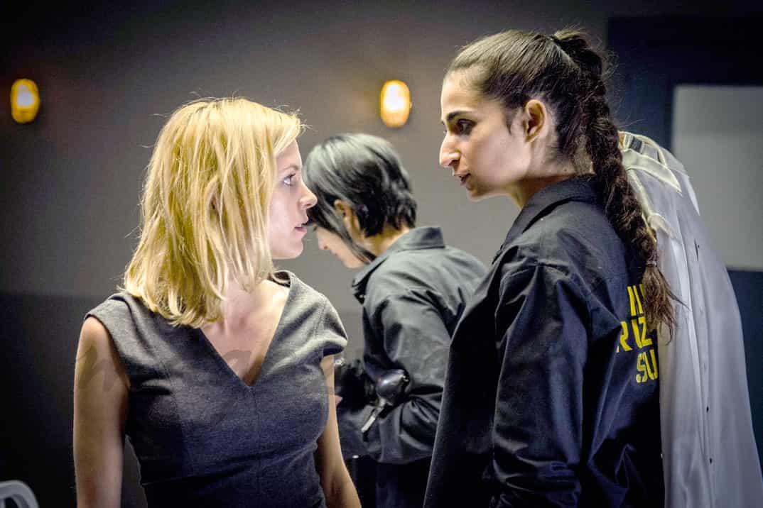 Maggie Civantos y Alba Flores - Vis a Vis - © Atresmedia